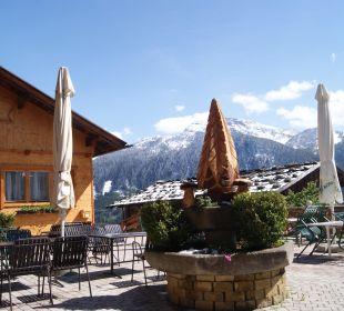 Die schöne und große Terrasse mit herrlichem Blick Alpengasthof Enzianhof