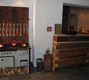 Eingangsbereich zu den Restaurants Hubertus Alpin Lodge & Spa