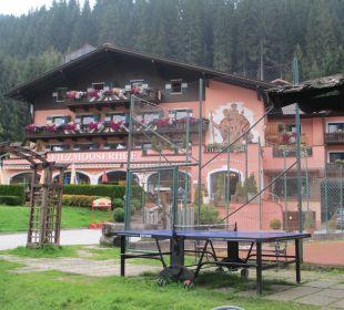 Spielbereich draußen Familienhotel Filzmooserhof