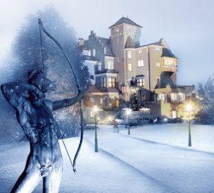 Aussenansicht Winter Hotel Schloss Mönchstein