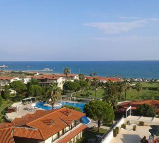Widok z balkonu Bellis Deluxe Hotel