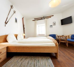 Skifahrer Hotelchen Döllacher Dorfwirtshaus