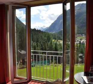 Zimmer mit Bergblick Hotel Saratz