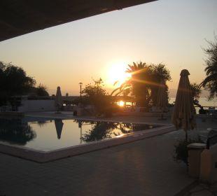 Aug 16 - Salzwasserpool /(früh) Hotel Elea Beach