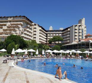 Basen Bellis Deluxe Hotel