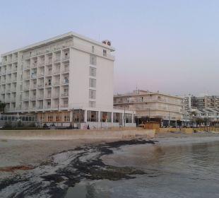 Hotel vom Strand aus JS Hotel Miramar