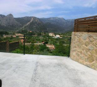 Von der Terrasse des Can Riera aus gesehen Hotel Ca'n Calco