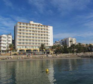 Blick vom Meer aufs Hotel Hotel Ibiza Playa
