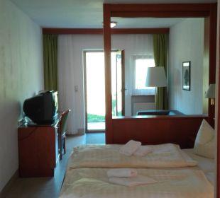 Unser Zimmer: Bequemes Doppelbett Hotel Bayerischer Wald