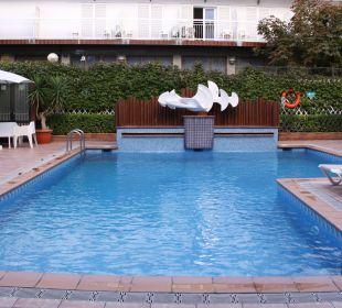 Piscina Exterior Hotel Xaine Park
