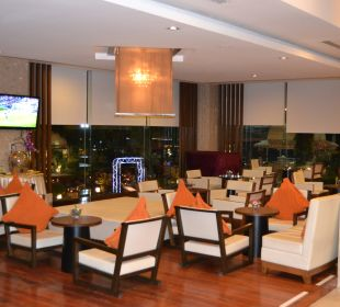 Hier lief immer Fußball  Hotel Grand Jomtien Palace