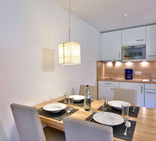 Esszimmer mit Küche Premiumappartement Die Gams Hotel - Resort