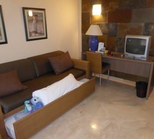 Wohnzimmer mit Schlafcouch Dunas Suites&Villas Resort