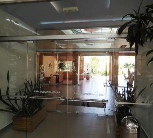 Durchgang zur Hotelanlage Hotel Horizon Beach Resort