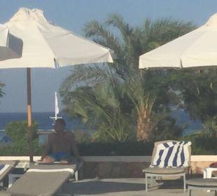 Vom Pool auf´s Meer schauen... super ! Three Corners Fayrouz Plaza Beach Resort