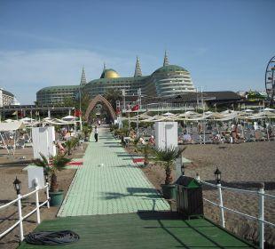 Blick von der Plattform zum Hotel Hotel Delphin Imperial