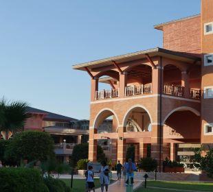 Teil des Hauptgebäudes Club Mega Saray