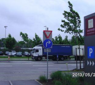 P&R Parkplatz Leonardo Royal Hotel Munich