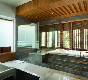 Bathroom at Courtyard The Samaya Bali - Seminyak