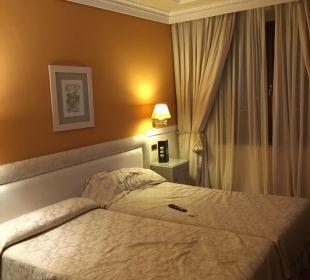 Bett Hotel Alhambra Palace