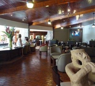 Eine der zwei Bars DoubleTree by Hilton Hotel Cariari San Jose - Costa Rica