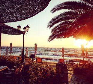 Sonnenuntergang  Anthemus Sea Beach Hotel & Spa