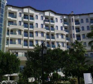 Blick aufs Hotel Side Sun Bella Resort & Spa