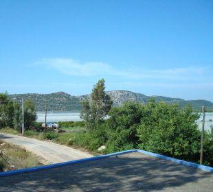 Aussicht vom Hotelpool Hotel Orkinos