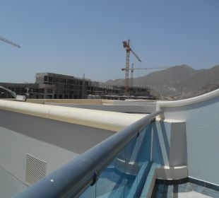 Baustelle Balkon Hotel Le Meridien Al Aqah Beach Resort