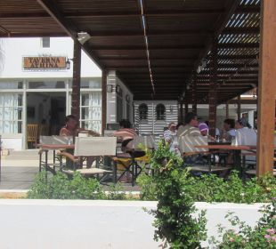 Taverne AKS Annabelle Beach Resort