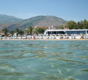 Blick vom Meer aufs Hotel Hotel Corissia Beach