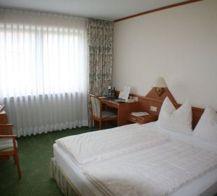 Zimmer im 1. OG Hotel Ambiente (Hotelbetrieb eingestellt)