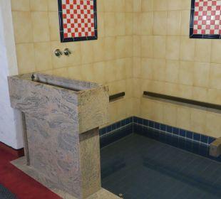 Kneipp-Becken für alle Kneipp- und WellVitalhotel Edelweiss