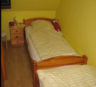 2 Einzelbetten (Kinderzimmer) Ferienhof Meislahn