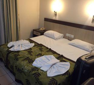 Bett Kleopatra Melissa Hotel