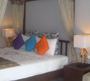 Oceanfront C&N Kho Khao Beach Resort