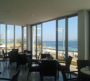Blick aufs Meer vom Hotel aus JS Hotel Miramar