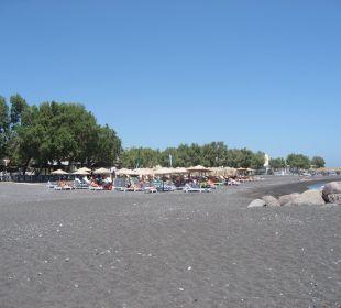 Strand von Kamari 3 Minuten vom Hotel