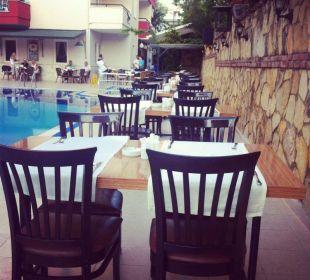 Abendessen Club Big Blue Suite Hotel