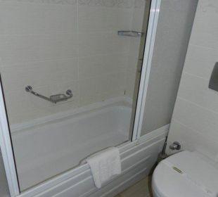 Wanno - prysznic, zagrzybiona fuga Orient Hotels Roxy Resort