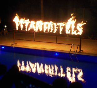 Feuershow am Pool Hotel Titan Select
