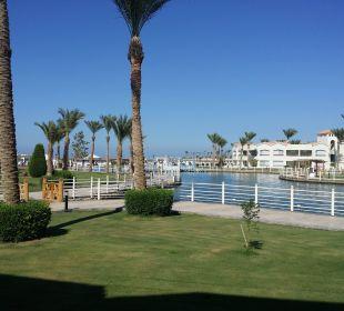 Von der Terrasse aus Dana Beach Resort
