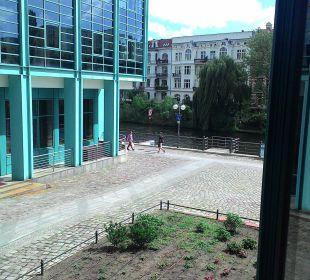 Blick zur Spree Ameron Hotel Abion Spreebogen Waterside Berlin