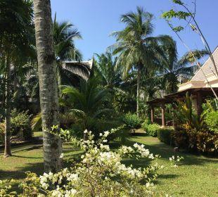Garten mit Villas Hotel Mukdara Beach Villa & Spa Resort