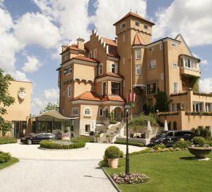 Garten - Hotelanfahrt Hotel Schloss Mönchstein