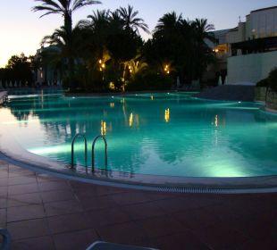 Pool SENTIDO Perissia