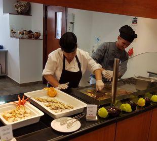 Live cooking FAMILY LIFE Marmari Beach by Atlantica