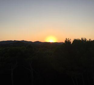 Sonnenuntergang vom Balkon Hotel & Spa S'Entrador Playa