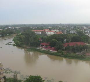 Blick aus dem Zimmer auf den Fluss Hotel Holiday Inn Chiangmai