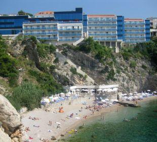 Blick auf Hotel und Strand Hotel Bellevue